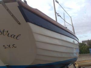 Boat painter in Essex